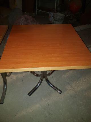 Mesas con pata central