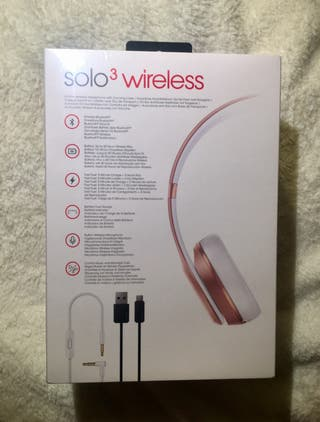 Wireless Beats Solo 3 by Dr. Dre Rose Gold