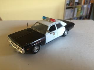 Dodge policia 1/43