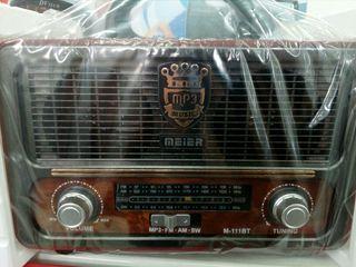 radio antigua moderna