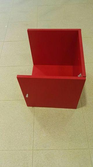 2 cajones rojos
