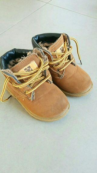 botas invierno talla 25