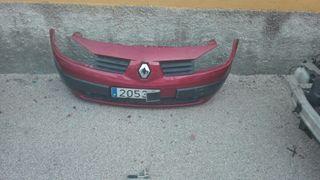 paragolpes delantero de Renault Megane
