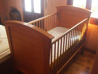 Cuna convertible en cama infantil + Colchón 70x140