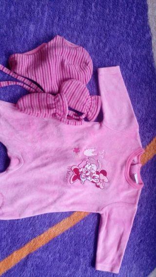 pijama con goro rosa