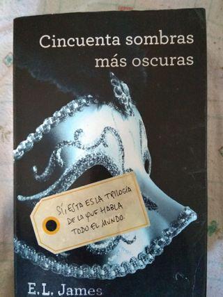 """LIBRO """"CINCUENTA SOMBRAS MAS OSCURAS"""""""