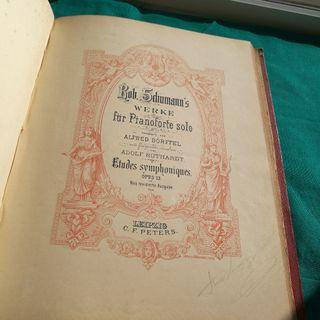 libro antiguo de musica