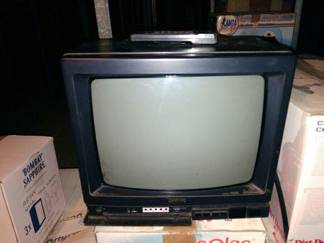 tv con mando