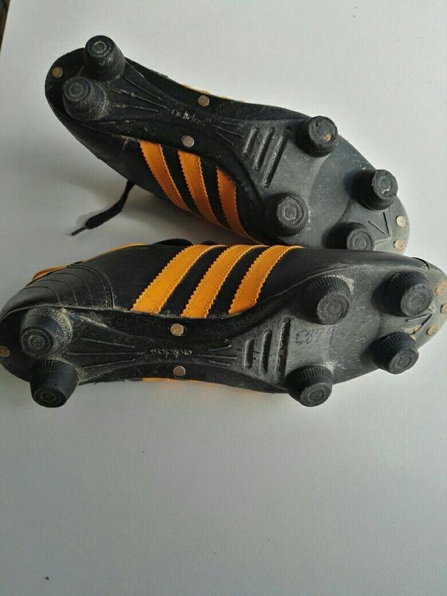 Botas de fútbol antiguas de segunda mano por 45 € en Leganés en WALLAPOP 4e6c32edb35b1