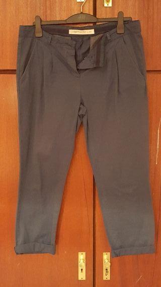 Pantalón chino clásico de Zara