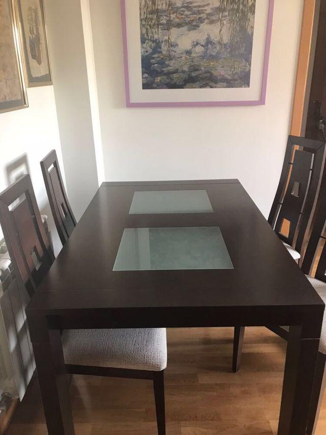 Mesa sillas comedor marron de segunda mano por 490 € en Fuente el ...