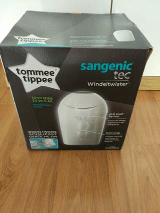 cubo tommee tippee nuevo