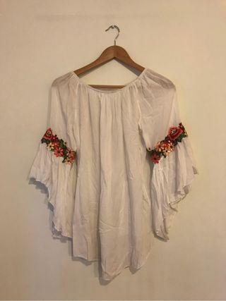 Baggy white shirt
