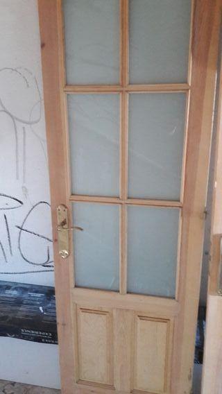Puertas interior de segunda mano por 20 en astillero for Puertas de interior de segunda mano