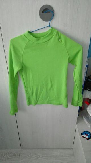 Camiseta térmica verde talla 8