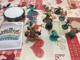 Juego skylander y muñecos Wii
