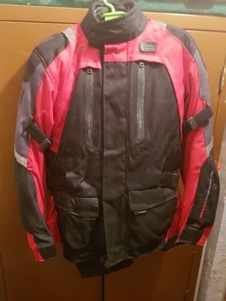 chaqueta de moto REVIT con protecciones