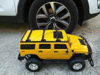 RC Hummer H2 amarillo