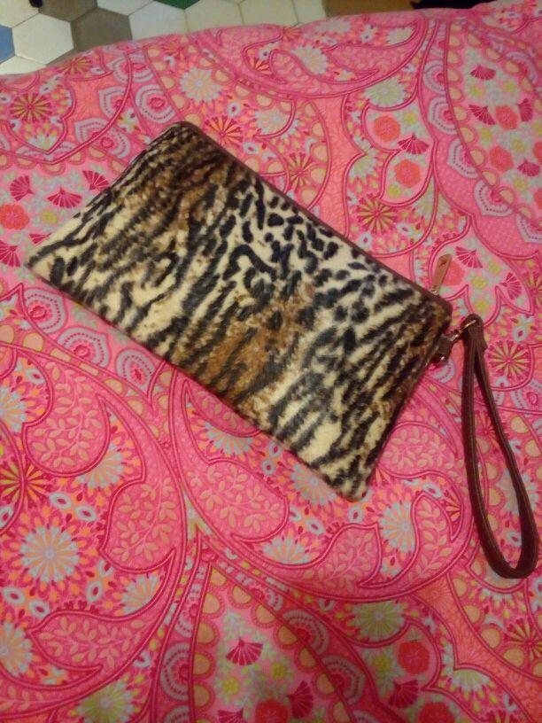 clutch bolso de mano de leopardo
