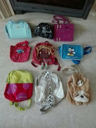 Mochilas y bolsos pequeños