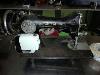 maquina de coser antigua con motor electrico