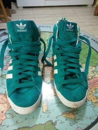 """Zapatillas Adidas """"Basket Profi""""."""