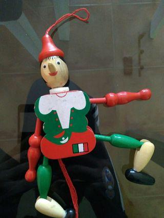 Pinocho articulado en cajita