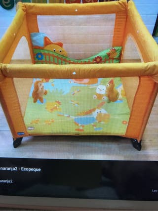 Parque chicco niña