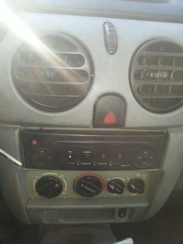 Renault Kangoo 1.5 DCI 75CV