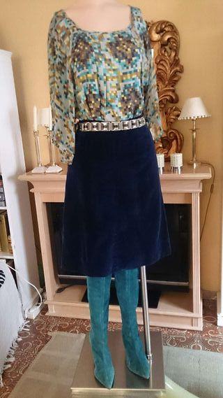 Falda en terciopelo azul