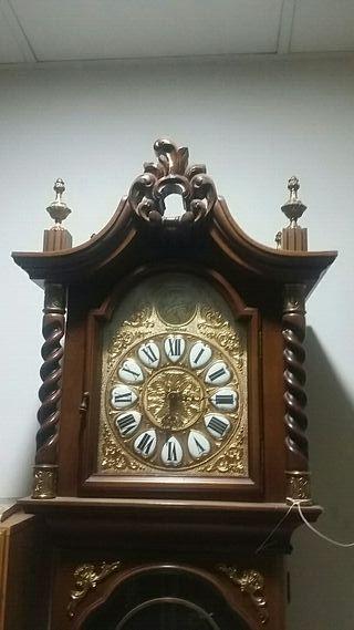 reloj de antesala