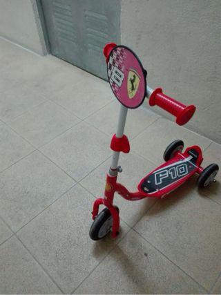 Patinete infantil Ferrari