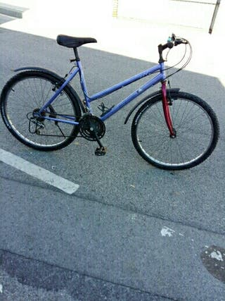 se vende bicicleta funciona bien repasada