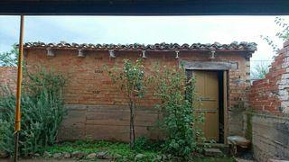 Casa de tres plantas ( La Rioja )NEGOCIABLE