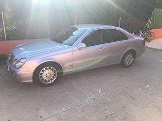 Mercedes-benz Clase E 220 cdi elegance. 2004