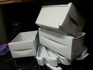 Cajones, repisas y baldas frigorifico indesit