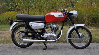 Pintura restauración motos clasicas