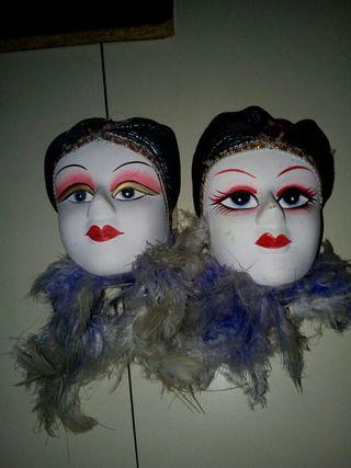 antiguas mascaras de adorno