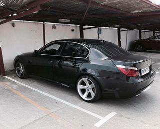 BMW Serie 5 e60 530 d paq M