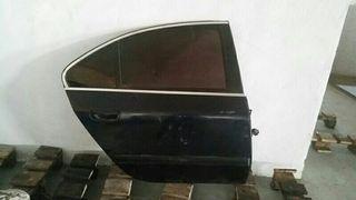 puerta trasera derecha Peugeot 607