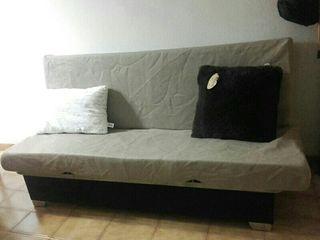Sofa cama doble.