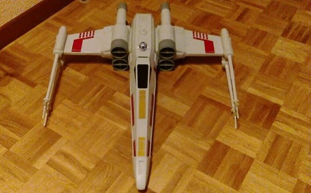 nave star wars x - wings. hasbro