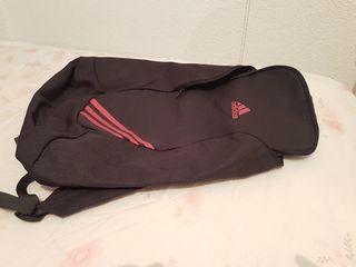 Mochila deportiva de Adidas