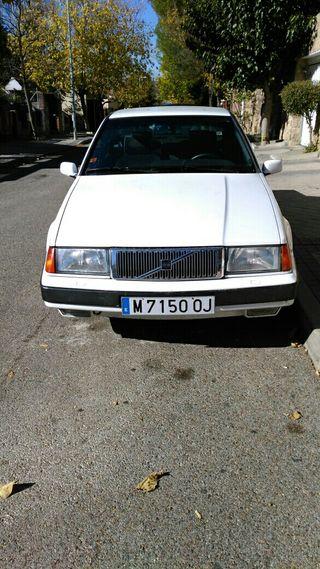 Volvo 460 1993 en muy buen estado.