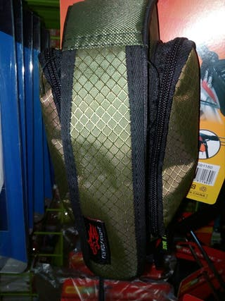 bolsa bici bolsillo y compartimentos mochilita