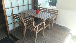 sillas y mesa jardin