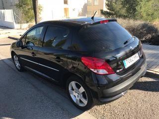 Peugeot 207 1.6hdi 92cv 2012