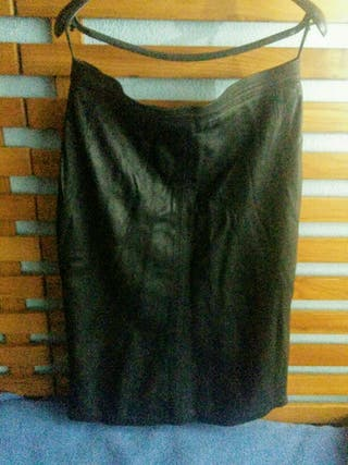 OPORTUNIDAD! Falda vintage de piel