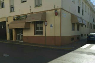 Bar cafeteria en alquiler