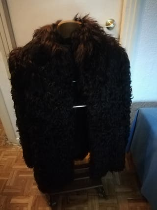 abrigo piel de oveja (Alaska, Argentina)